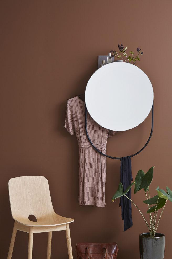 sminkebord med spejl
